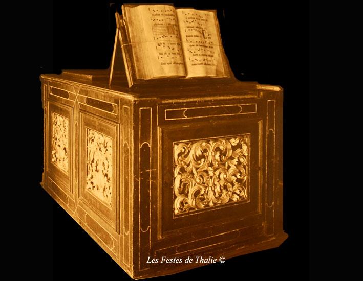 Cet orgue positif du XVIe s provient de la cathédrale de Reims de l'église St Pierre de Montrouge et fut vendu à Mr Octave Homberg le 2 mai 1924 (n°1276)