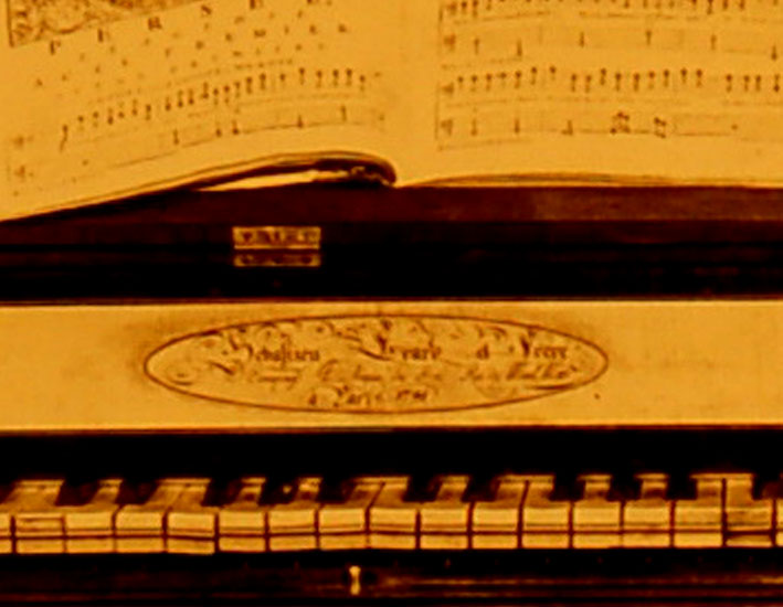 III_11   Piano organisé  Erard Frères (firme)