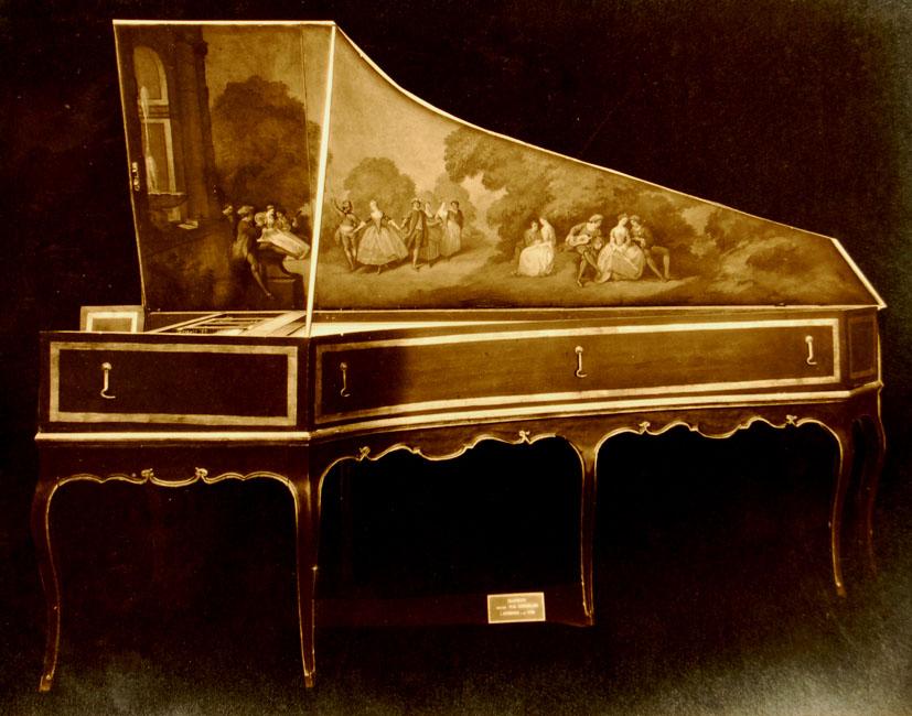I_26   Clavecin fait par P.M. Cordelier à Avignon 1768. N°1244 à Mr Bernard le 31 janvier  1925
