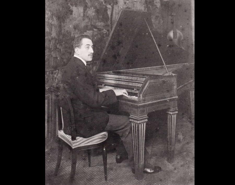 Marcel Salomon au clavecin