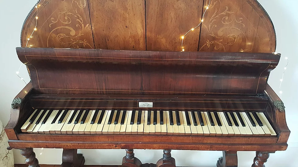 III-17 Piano pyramidal de Syerig